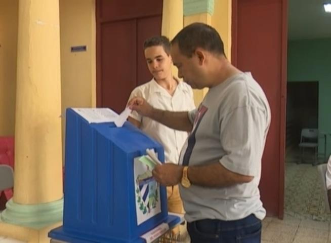 20180313011004-votaciones-en-baracoa.mp4-20180312-195754.726.jpg
